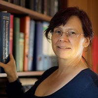 Prof. Dr. Yvonne Weber photo